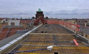 17.3.2017:  Die oberste Decke (6. Obergeschoss) ist für das Betonieren vorbereitet