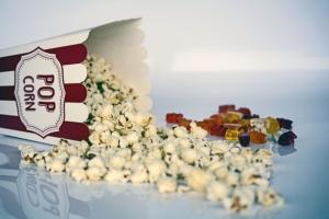 popcorn-1433327_640